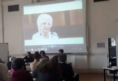 Barbara Poggio legge i saluti di Liliana Segre. Foto Archivio Università di Trento.